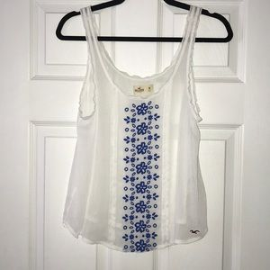 Hollister embroidered tank top size Medium M